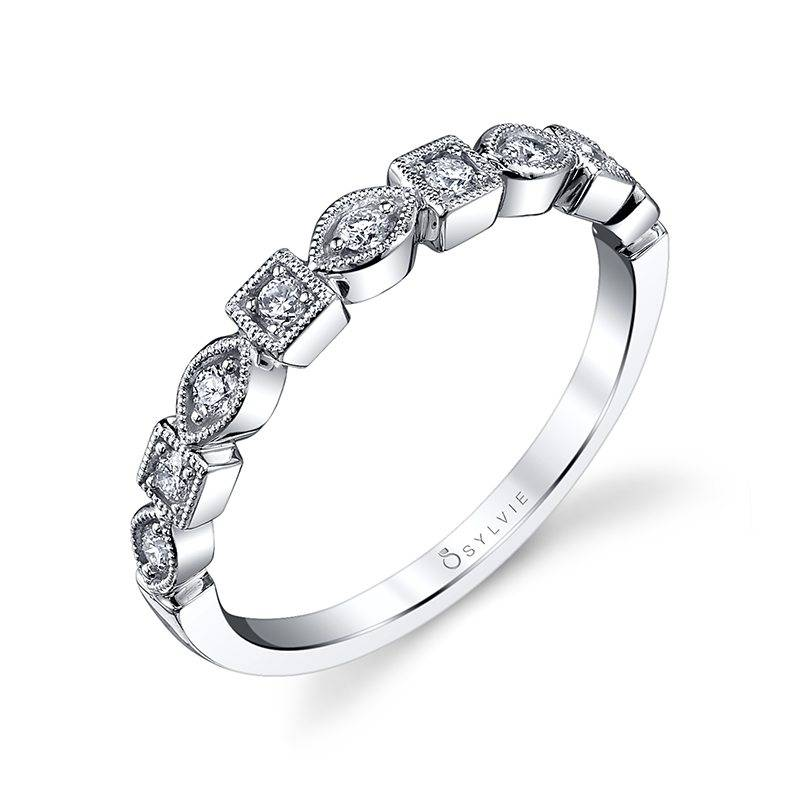 modern white gold diamond wedding band