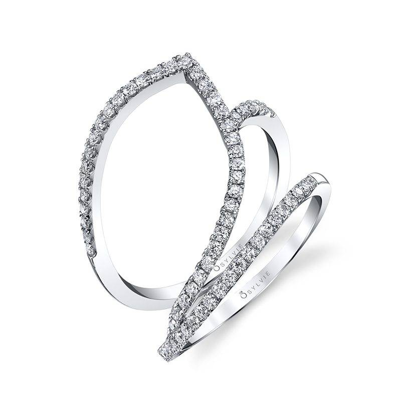Modern Diamond Rings