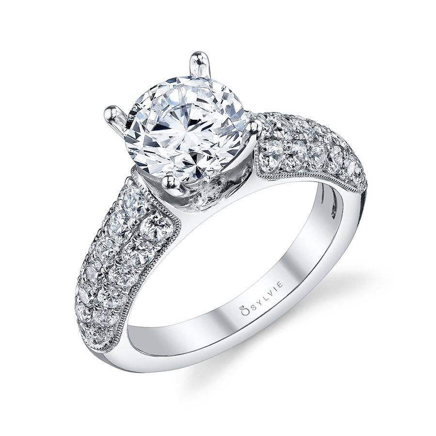 Carla - Solitaire Engagement Ring
