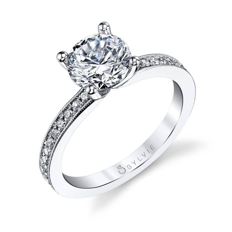 Érika - Classic Solitaire Engagement Ring