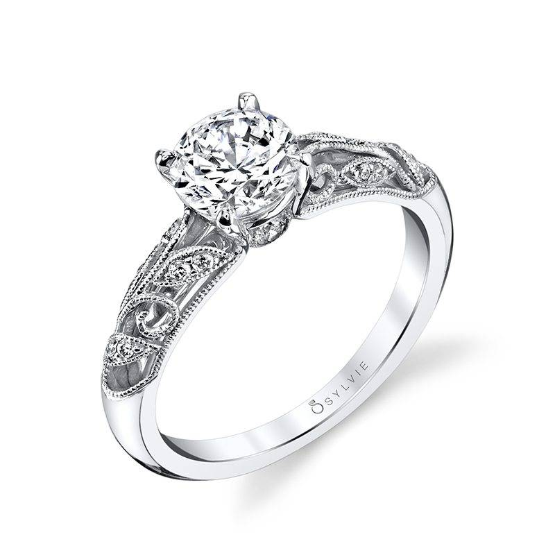 Giulia - Vintage Inspired Engagement Ring with Halo