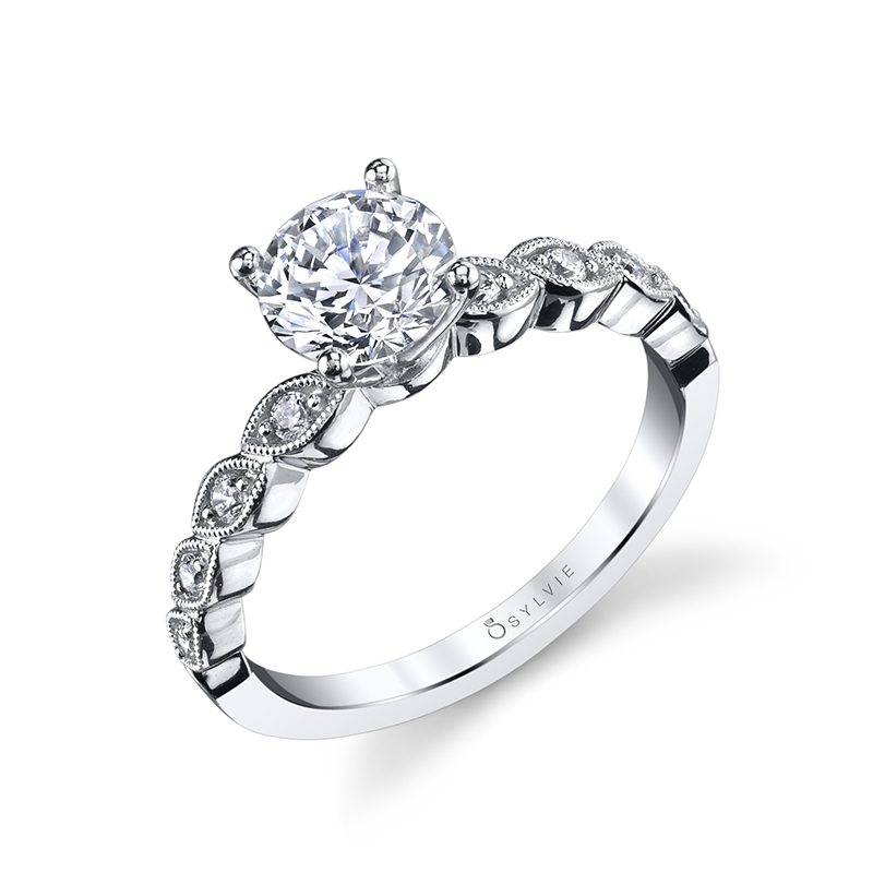 Antoinette - Round Solitaire Engagement Ring