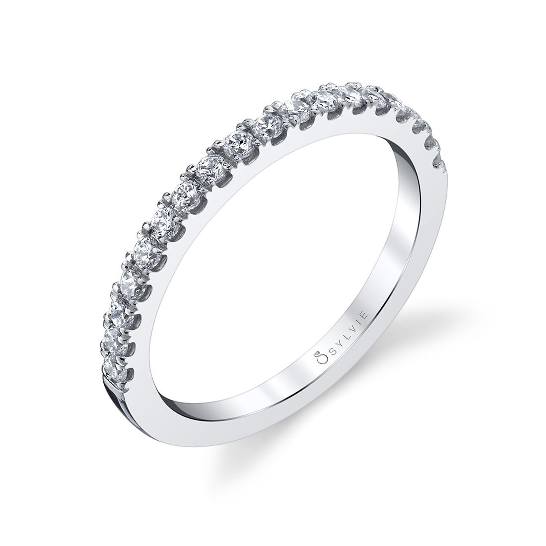 Profile Image of a Princess Cut Engagement Ring With Halo