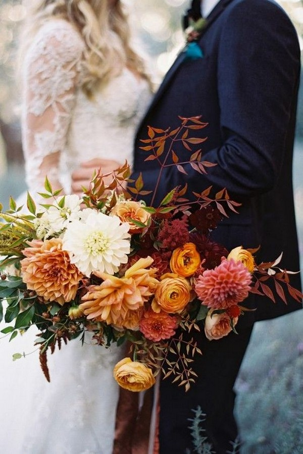 fall inspired wedding florals