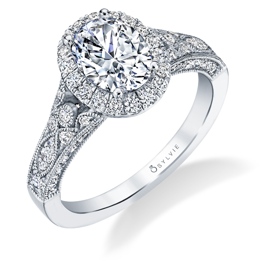 oval-engagement-ring
