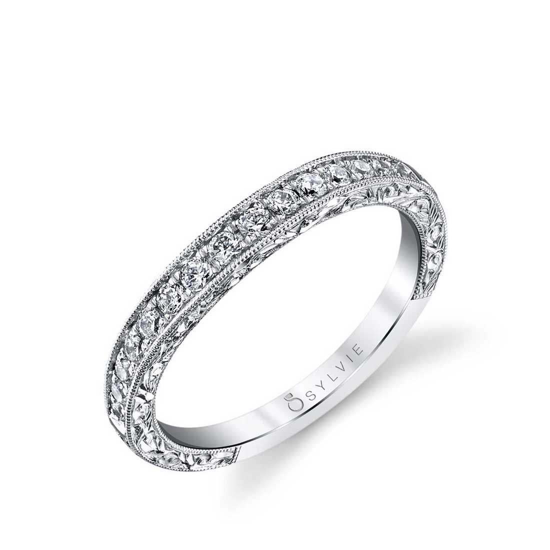 Profile Image of a Princess Cut Engagement Ring