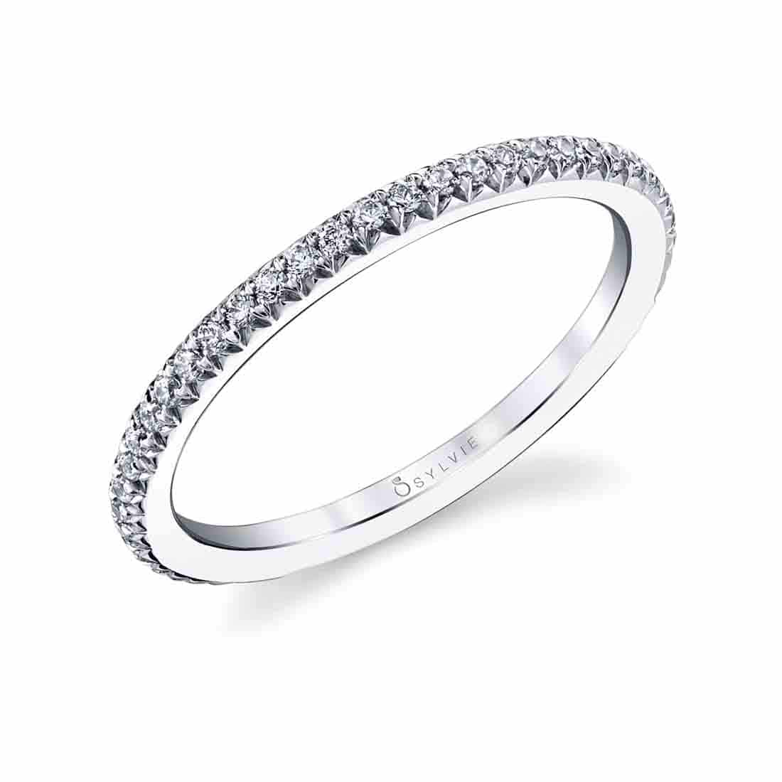 Profile of Oval Engagement Ring with Halo