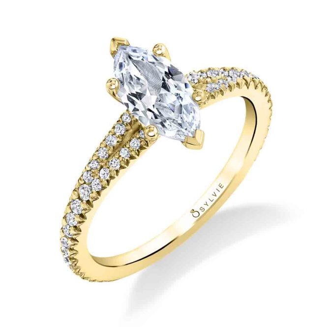 Marquise Engagement Ring in Yellow Gold