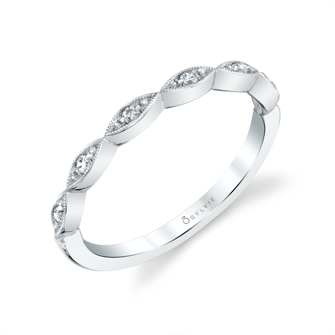 profile image of a unique oval engagement ring by Sylvie