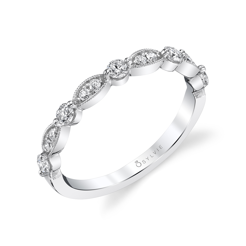 Profile Image of a Antique Style Engagement Ring - Florence