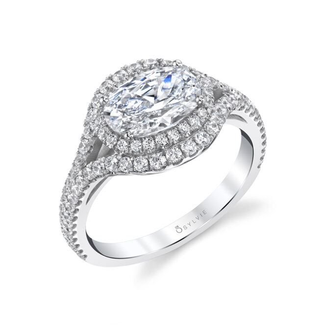 Oval Diamond Ring with Halo in White Gold - Eleanora
