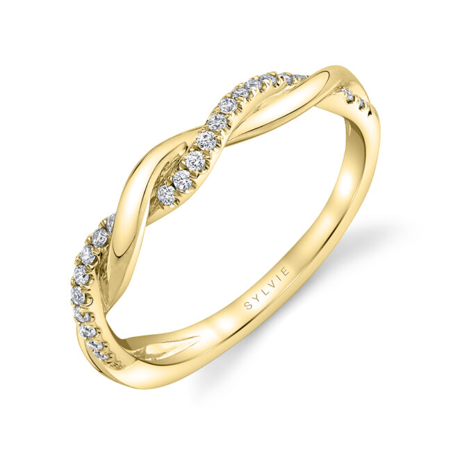 Spiral Wedding Band in Yellow Gold