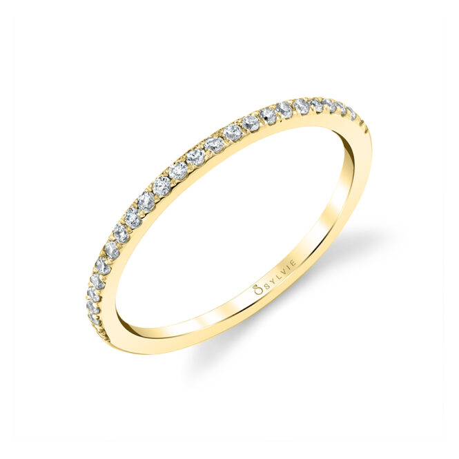 Thin Wedding Band in Yellow Gold