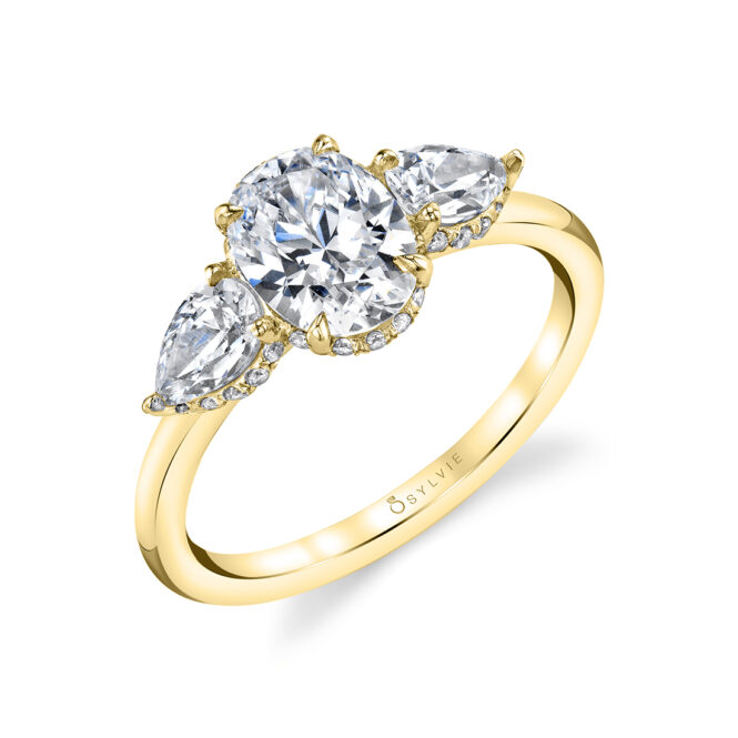 3 stone oval engagement ring lvie