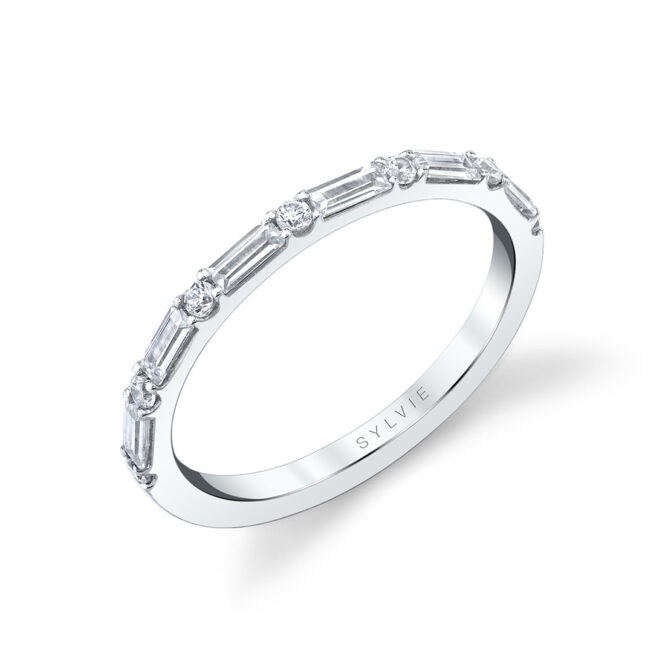 baguette diamond wedding band in white gold